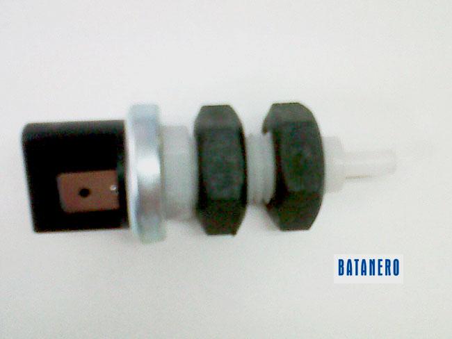 184 1424104m92 194 Massey Ferguson interruptor de luz de freno para freno de mano 174